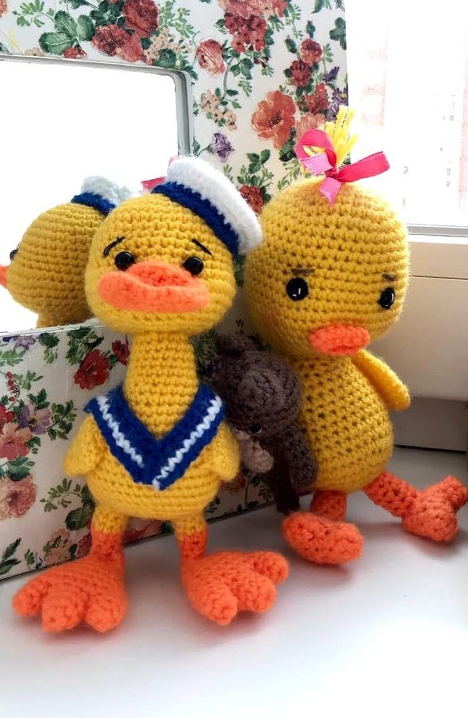 Webby Duck amigurumi pattern - Amigurumi Today | 1026x669