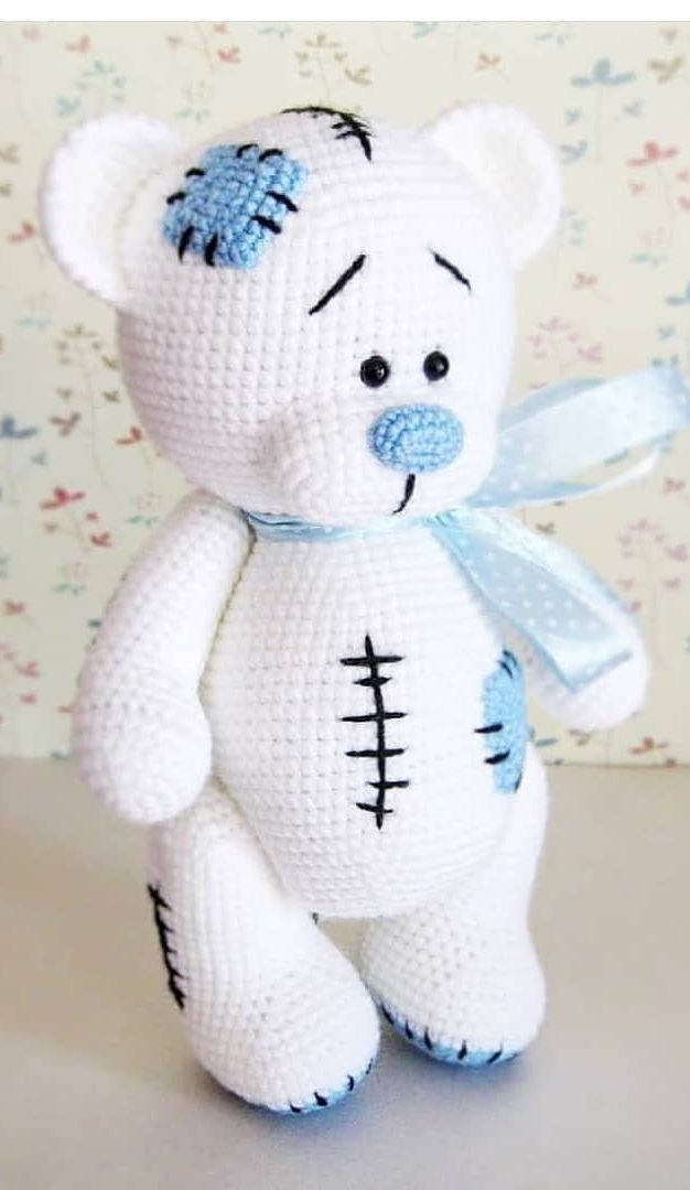 Free Crochet Pattern for an Amigurumi Teddy Bear in a Sweater ... | 1080x626