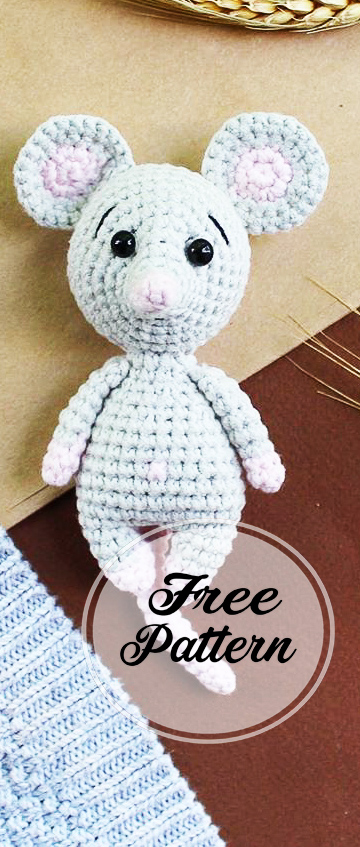 Morris the Mouse Free Crochet Pattern...hehehe I had to pin this ... | 847x360