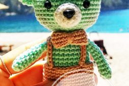 Small teddy bear amigurumi keychain crochet - Amigu World | 170x253