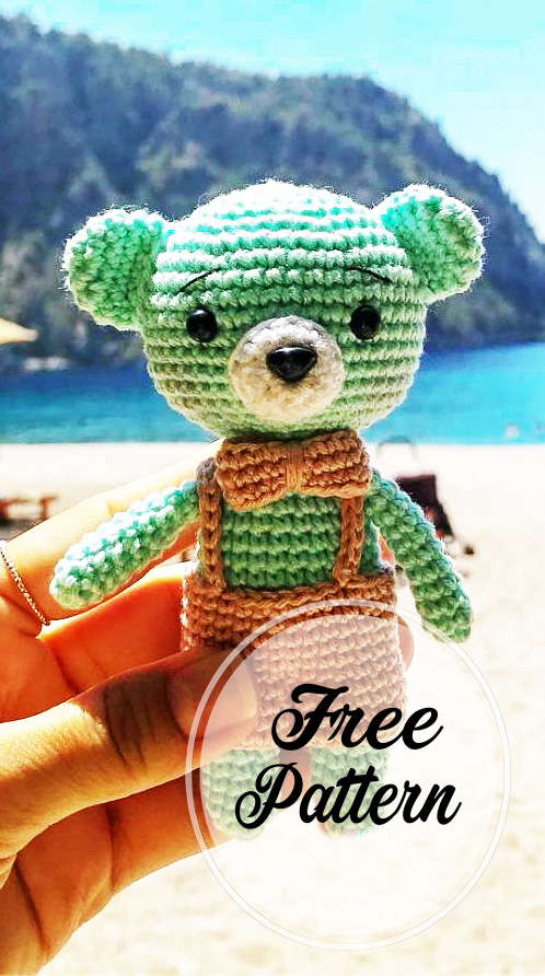 Tiny teddy bear crochet pattern | Amiguroom Toys | 892x498