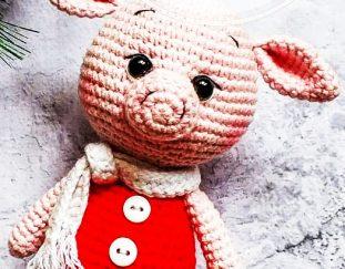 free-amigurumi-crochet-pig-pattern-for-christmas