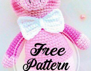 free-and-funny-gentleman-amigurumi-pig-pattern