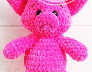 free-and-sweet-crochet-amigurumi-pig-pattern-pink-colored